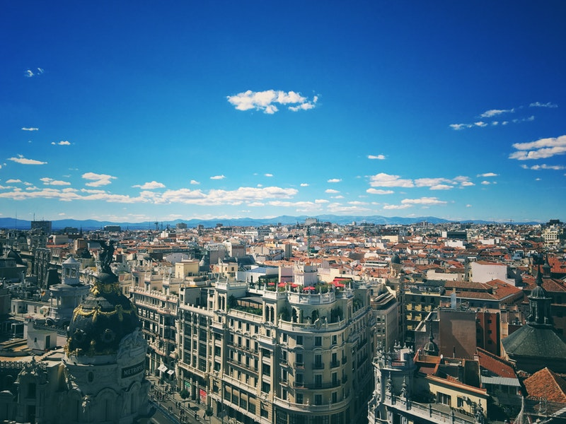 Are you looking for things to do in Madrid?  Make you vacation to Madrid and experience and enjoy lasting memories with Spanish food and fun. Here is our guide to Madrid!