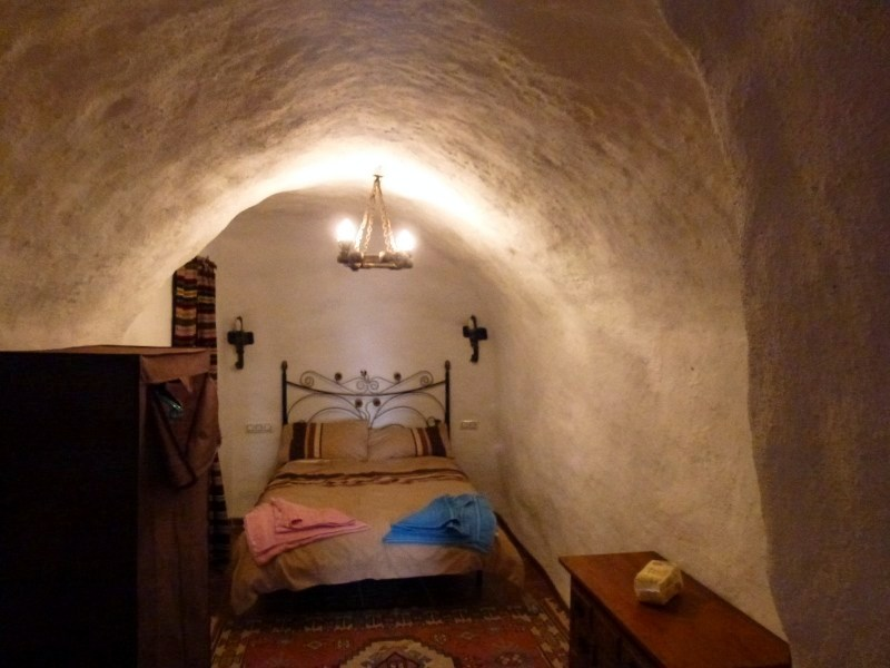 Do you like to experience unique places to stay?  Well, the province of Granada is full of cave houses and they are usually very inexpensive options for an overnight stay.  Read more about the Baza area!