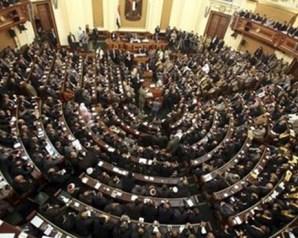 عبد العال: منتقدا الهيئات البرلمانية: 'الالتزام الحزبي لم نصل إليه