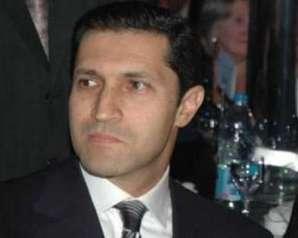 يغرد علاء مبارك بالأحتفال بتأهل الزمالك لنصف نهائي الكونفدرالية