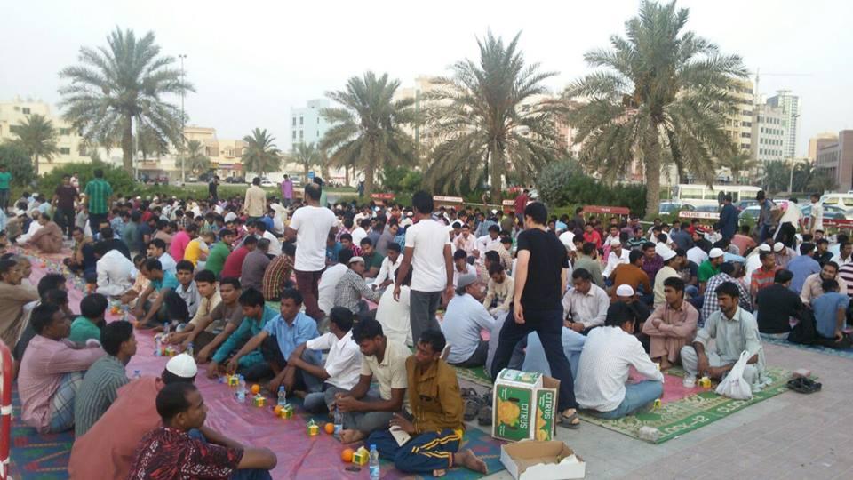مشروع إفطار صائم في مصلي العيد في منطقه البستان في عجمان