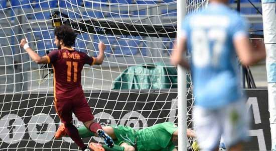 لاتسيو الإيطالي يقيل مدربه بعد رباعية روما الثقيلة