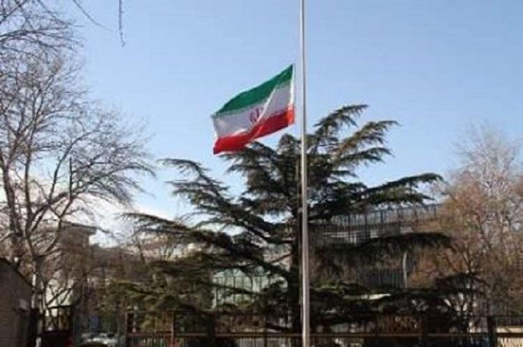 ايران تدعو رعاياها إلى مغادرة محافظة البصرة بعد حرق قنصليتها