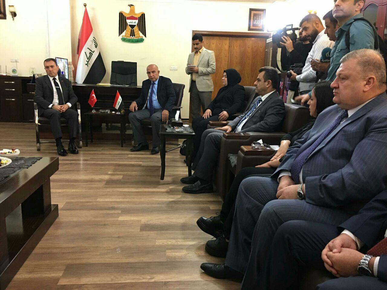 السفير التركي يصل الى الموصل لافتتاح قنصلية بلاده في المدينة
