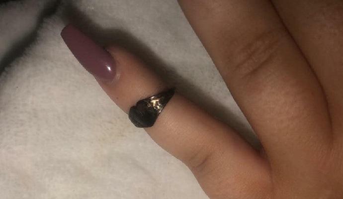 عطست فأخرجت خاتما فقدته قبل 12 عاما