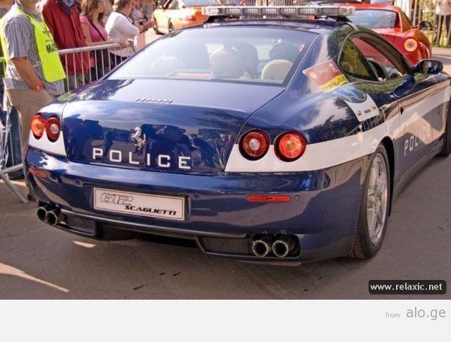 police-car_00048