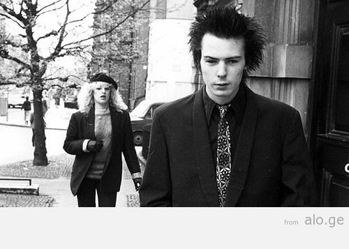 Sid-Vicious-and-Nancy-Spungeon-who-he-has-meant-to-have-killed
