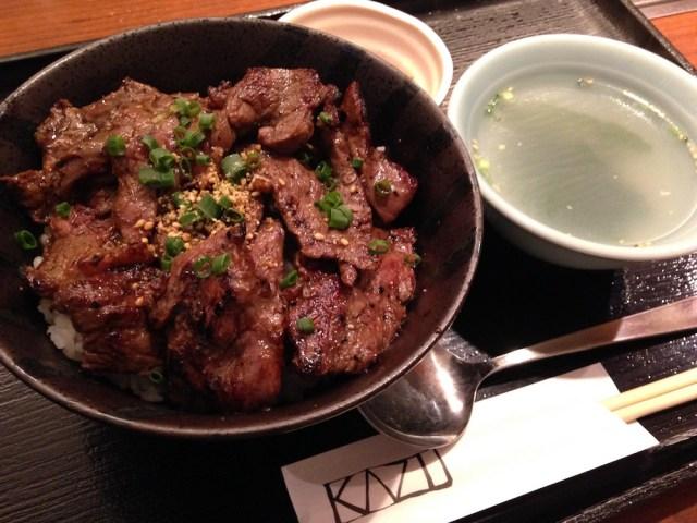神楽坂ランチ(焼肉家 KAZU)焼肉丼