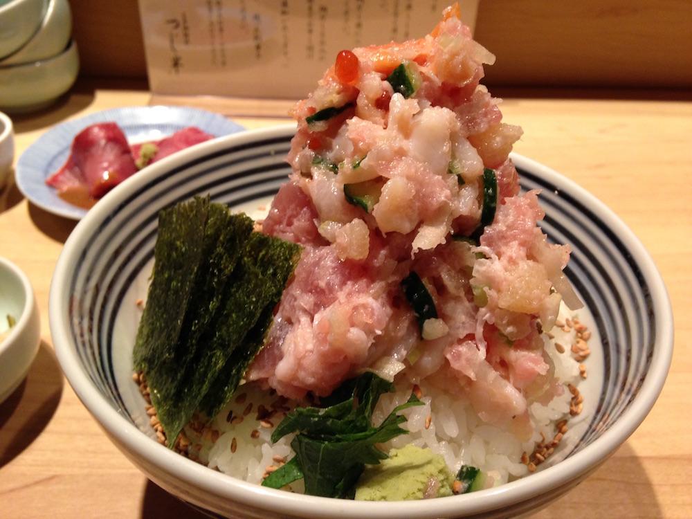 神楽坂ランチ(日本橋海鮮丼 つじ半)海鮮丼