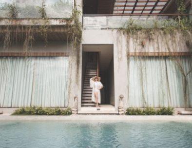Rooms and Villas_html_649defa8