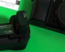 Sony A6000 Neewer Battery Grip