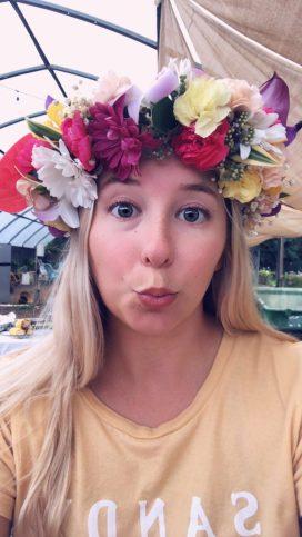 hawaiian-flower-lei