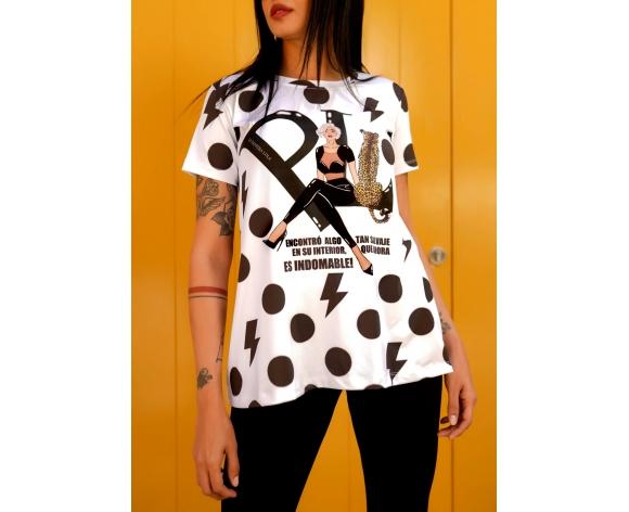 camiseta indomable de la pantera lola