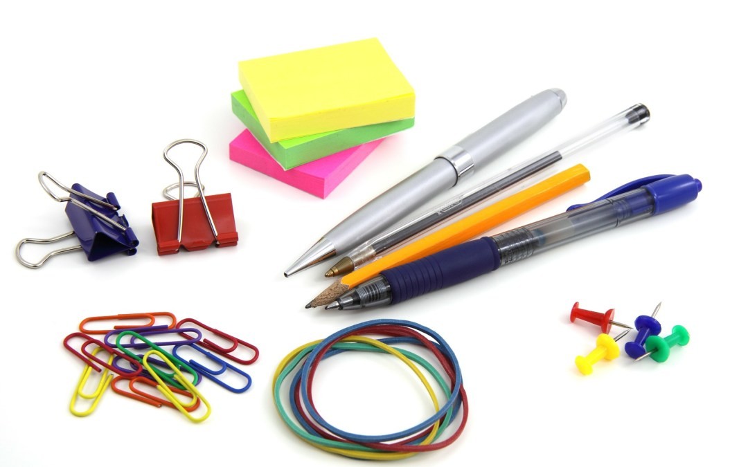 31 Day Tidy-Your-Life Challenge DAY 1- Organize Your Office Supplies