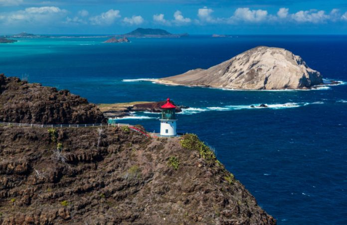 Makapuu Lighthouse Trail: Lighthouse and Rabbit Island. Hawaii travel. Things to do in Oahu. Things to do in Hawaii.