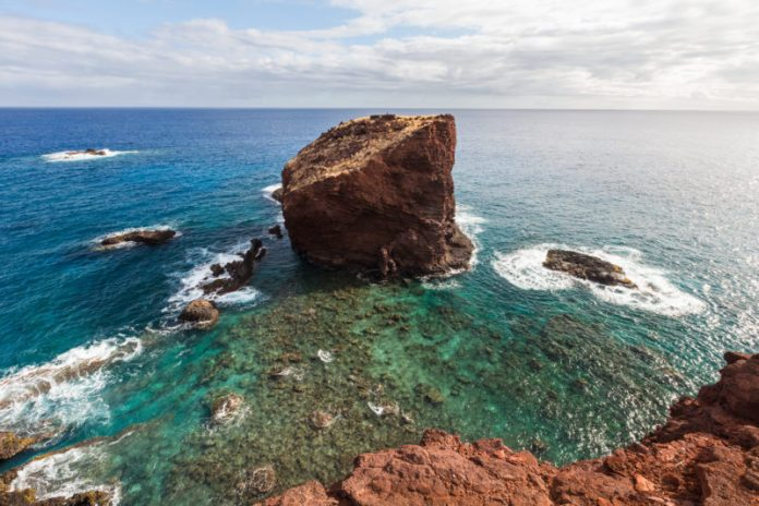 Lanai's popular icon, Sweetheart Rock Puu Pehe