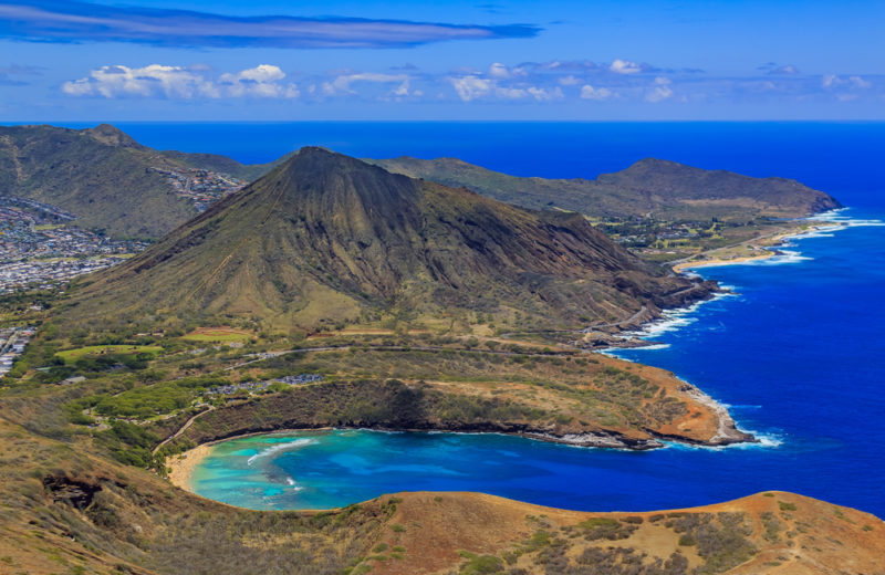 150 Things To Do On Oahu - Oahu helicopter ride.