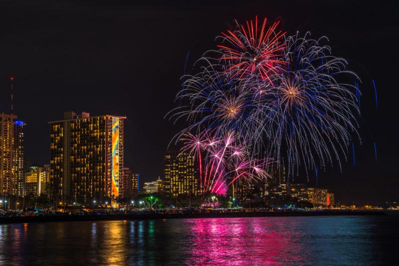 Fireworks from Hilton Hawaiian Village | Phillip B. Espinasse / Shutterstock.com