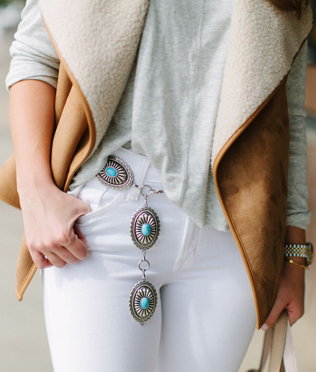 shearling vest, southwestern style, conch belt, fringe booties, white jeans in fall, blush tote, turquoise belt, texas blogger, dallas blogger, southern style, fall style