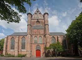 Before the Mayflower: Life in Leiden