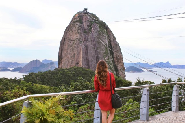 Sugarloaf mountin from Rio travel guide via A Lo Profile