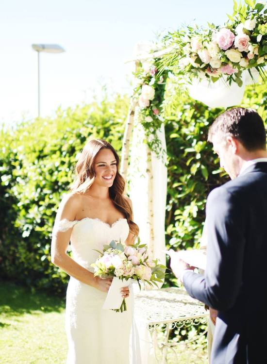 Tips for Writing your Own Vows via A Lo Profile