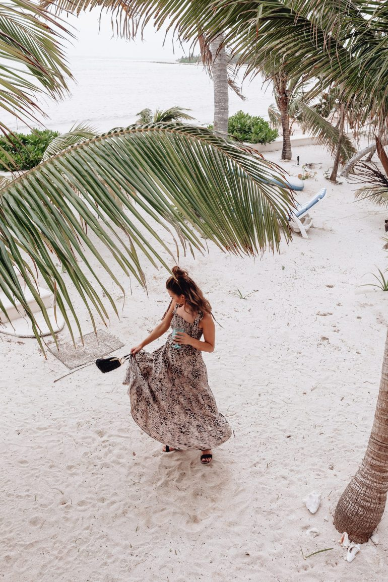 Sharing my Tulum outfit recap featuring all of the looks I wore while in Mexico and giving you ideas of what to wear in Tulum.