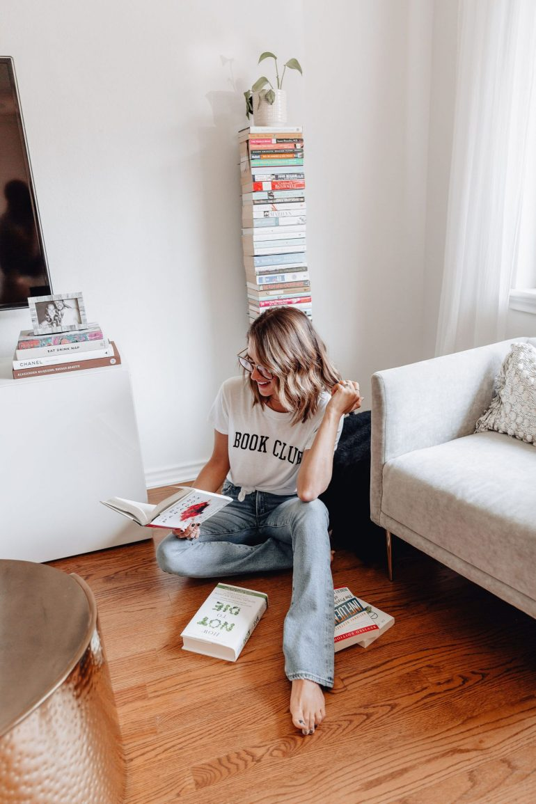 Sharing my Fall reading list including a lot of fiction & non fiction books that I am reading or planning to read this Fall.