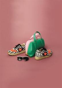 Sneakers: Stella McCartney - Thuraya MallSunglasses: Stella McCartney - Thuraya MallBag: Delpozo - Al Ostoura Salhiya Mall - Al Ostoura Thuraya Mall