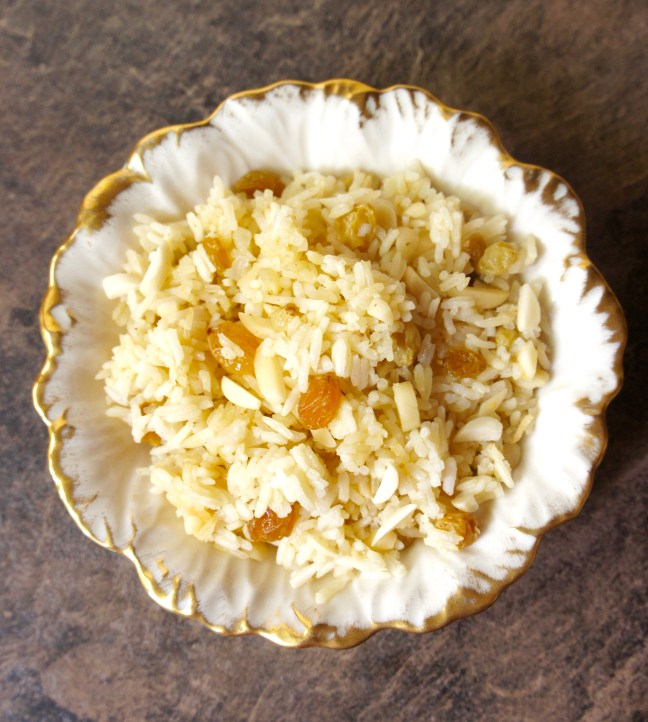 Rice with almonds and golden raisins