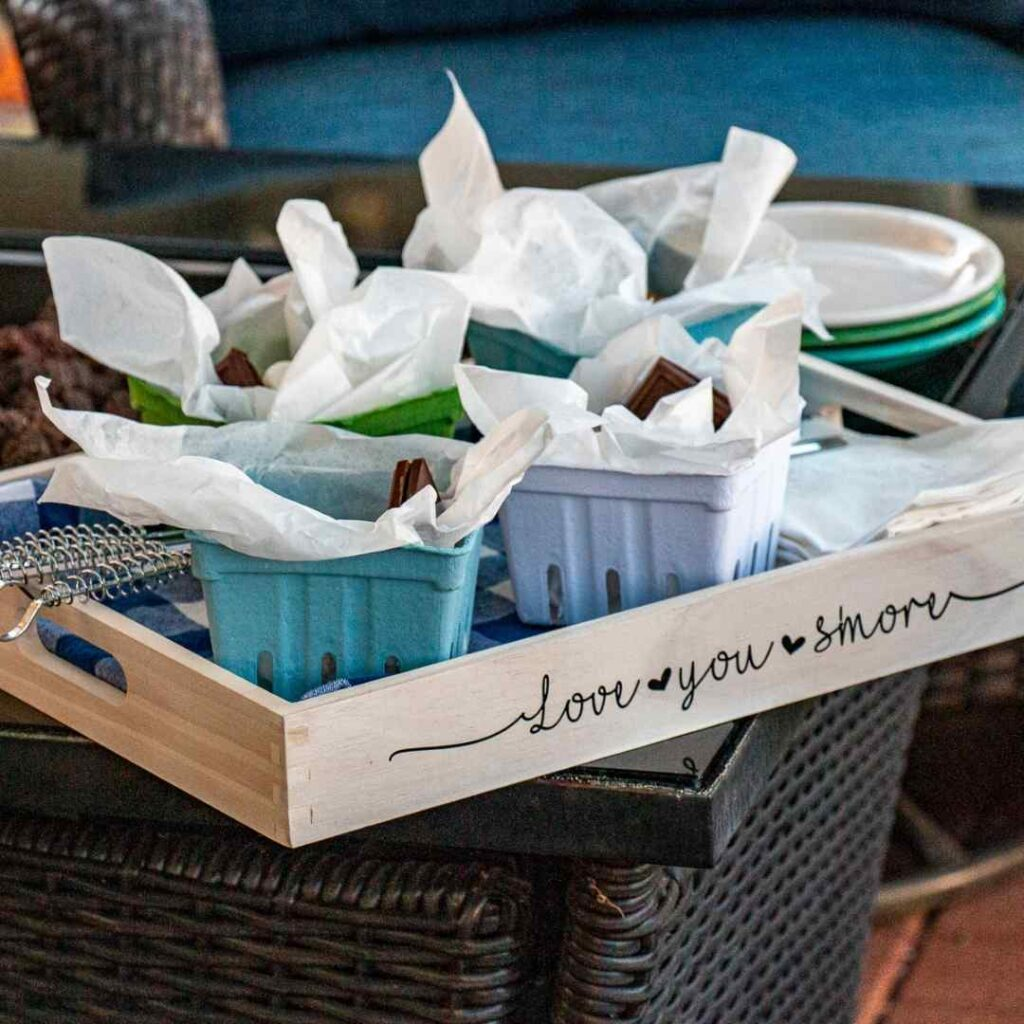 Ikorn Crafts-Love You SMore Tray
