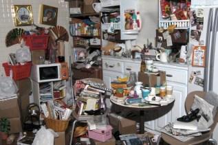 barbie-hoarder-kitchen