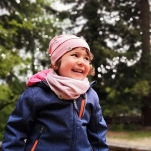 bonnet en laine mérinos vieux rose enfant