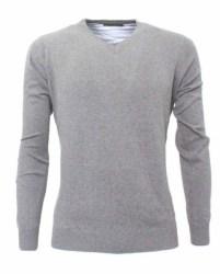 pullover gris hombre claro