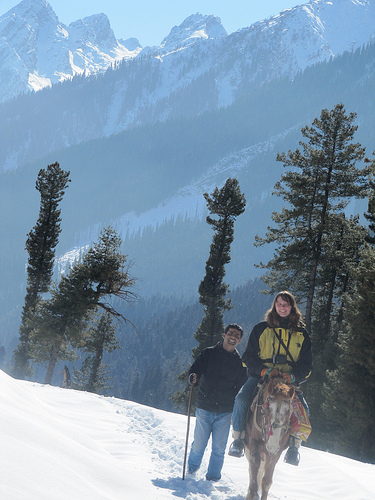 Kashmir Snow hike