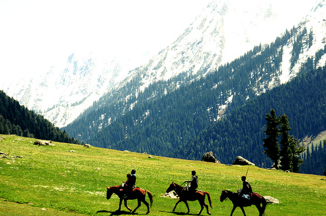 trekking places in pahalgam