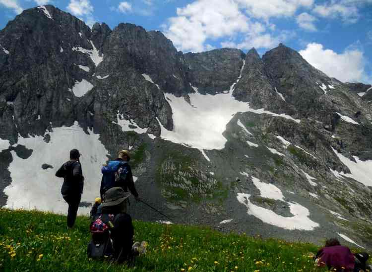 Mohand marg hiking tour