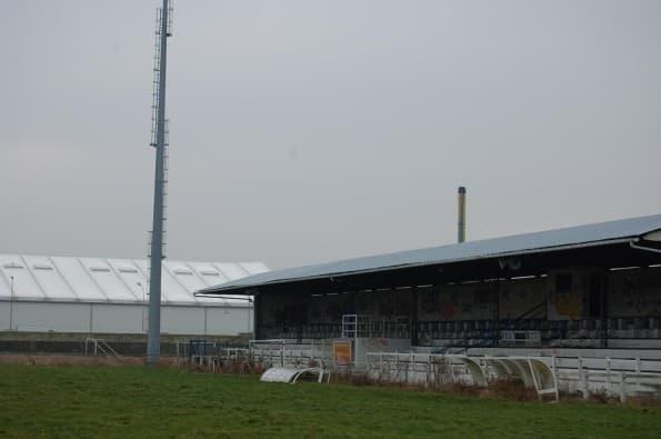 stade de football Maurice-Thoumyre