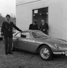 alpine-a110-berlinette-bri-gendarmerie-5