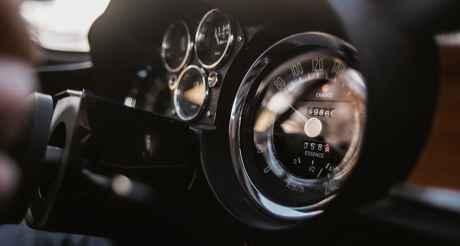 Alpine LAB et son Alpine A110 1300S Usine de 1968 Classic Driver - 1
