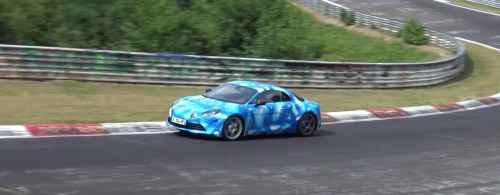 L'Alpine A110 en action sur le circuit du Nürburgring