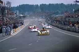 24 Heures du Mans 1978 pironi jabouille depailler jaussaud bell ragnotti frequelin a443 a442b a442a a442 victoire - 13