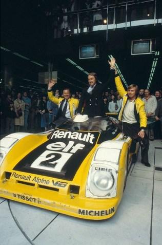 24 Heures du Mans 1978 pironi jabouille depailler jaussaud bell ragnotti frequelin a443 a442b a442a a442 victoire - 21