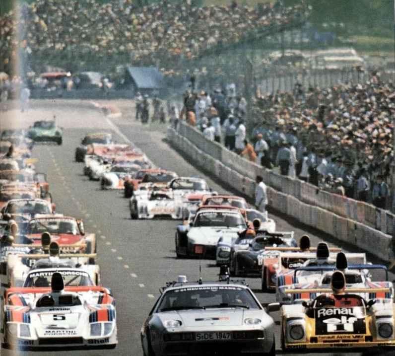 24 Heures du Mans 1978 pironi jabouille depailler jaussaud bell ragnotti frequelin a443 a442b a442a a442 victoire - 31