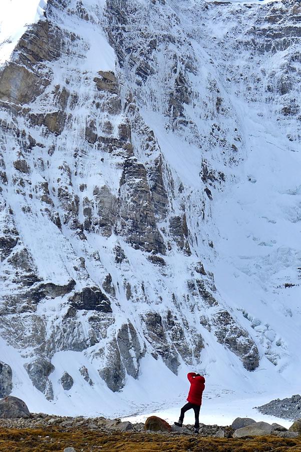 Bullock scopes the line [Photo] Paul Ramsden