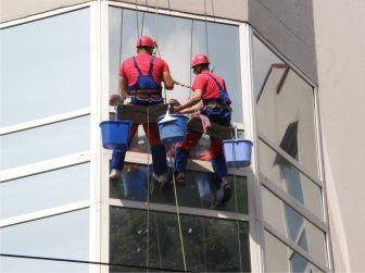 Мытьё окон Промышленные альпинисты Москва и Московская область (ООО Альпинисты-М)