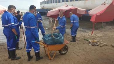صورة وزيرة البيئة: مسحنا الشواطئ المتضررة من التلوث الزيتى ببورسعيد