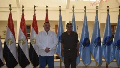 صورة محافظ البحر الأحمر يلتقي قائد المنطقة الجنوبية العسكرية