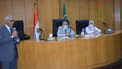 صورة محافظ المنيا يشهد لقاءا ضمن مبادرة «إيد على إيد نعمل مشروع جديد»