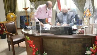 صورة محافظ جنوب سيناء يصدق علي طلبات تصالح لمواطني مدينة أبوزنيمة